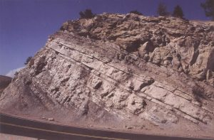 Dakota Sandstone, another widespread sandstone body in the Middle West
